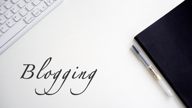 blogging-4812375_960_720
